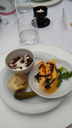Logge Del Perugino W&B Resort: Appetizer dello chef