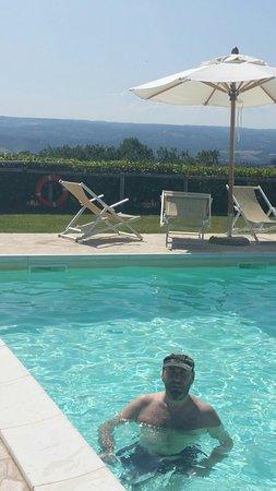 Lugnano in Teverina, Италия: 20160709_160023_large.jpg