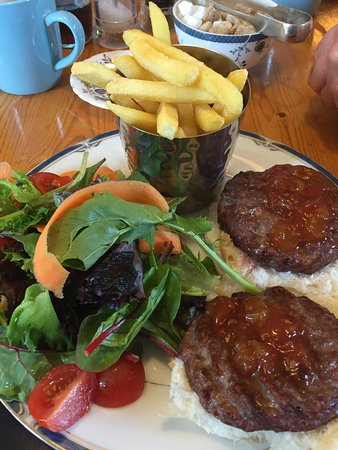 Kinlochewe, UK: Venison burger from the specials board