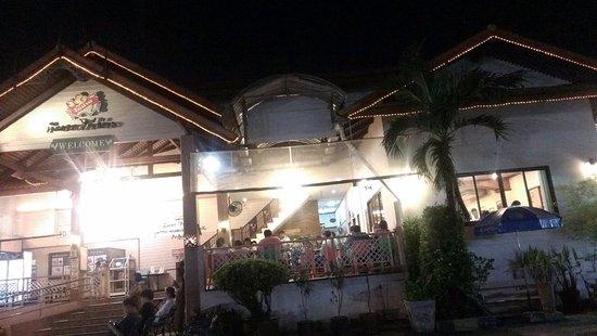 Pathum Thani, Thailand: นิตยาไก่ย่าง