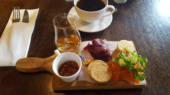 Dufftown, UK: small snack in the cafe