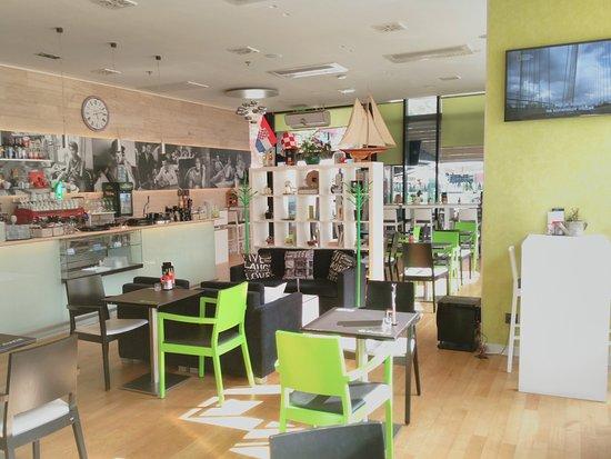 Le Cinema Caffe Zagreb Restaurant Reviews Photos Phone Number Tripadvisor