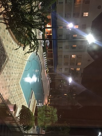 Fairfield Inn & Suites Orlando Lake Buena Vista: View of the pool from my room