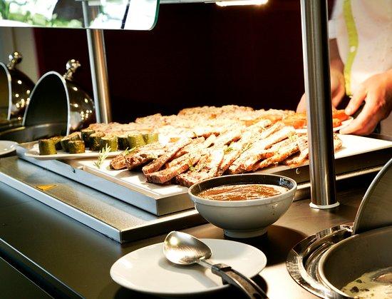 Villejuif, Francia: buffet chaud