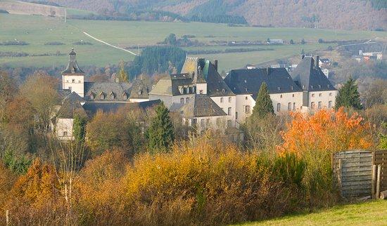 Wiltz, Luksemburg: Schloss aus der Ferne