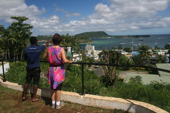 Atmosphere Tours: Look out point over Port Vila