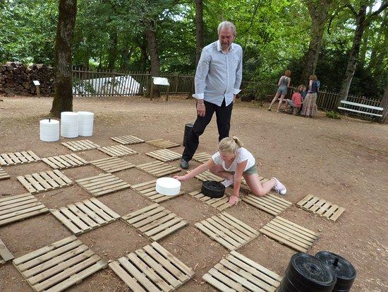 Limeuil, فرنسا: Jeu de dames