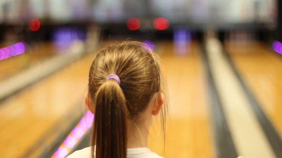 Lisburn, UK: Family Bowling