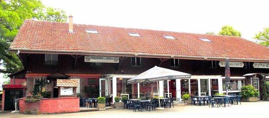 Morschwiller-le-Bas, Frankrike: restaurant avec terrasse extérieure