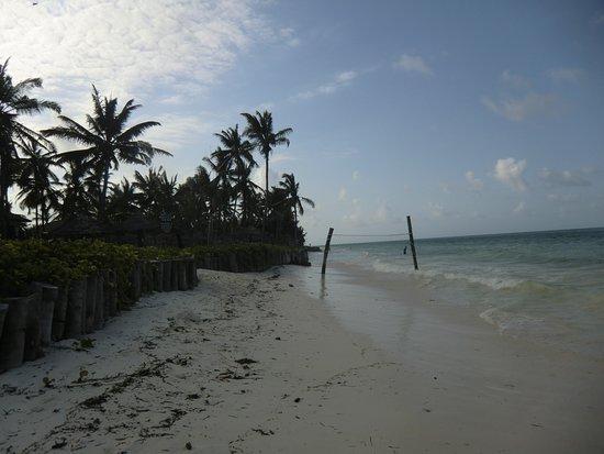 Breezes Beach Club Spa Zanzibar Strand Bei Wieder Einsetzender Ebbe