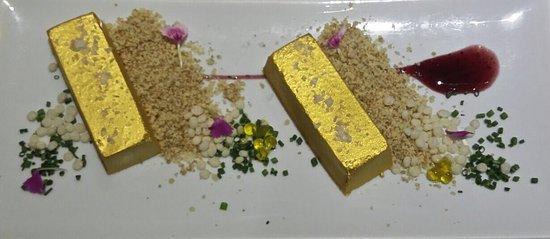 Alcaudete, Espanha: Delicioso lingote de turrón de foie