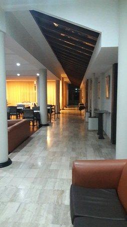 Hotel Yaguaron: 20160723_191410_large.jpg