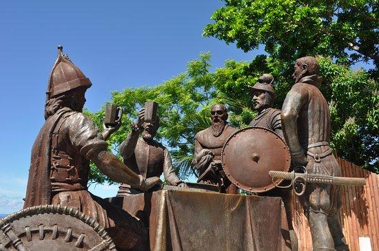 Blood Compact Monument: Sandugo - Blood Compact - tableau