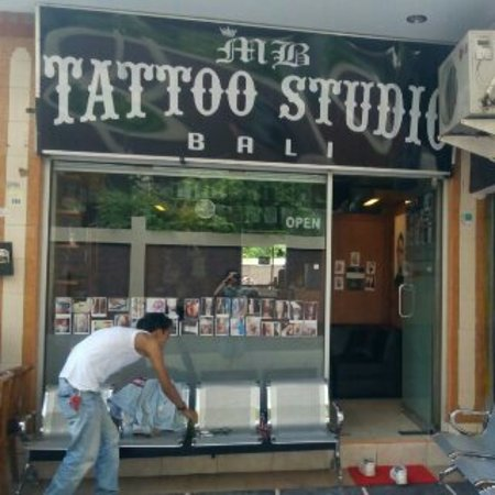 Kuta Townhouse Apartments: Open tattoo apointment at MB Tattoo Studio Bali