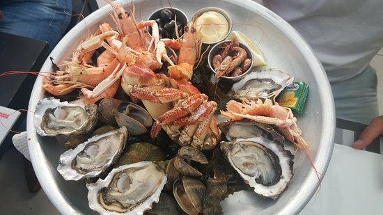 Le Chateau d'Oleron, Frankrike: la plateau de fruits de mer pour 1 personne
