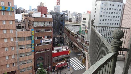 隅田川、総武線の方向 - Picture of Ryogoku View Hotel, Sumida ...