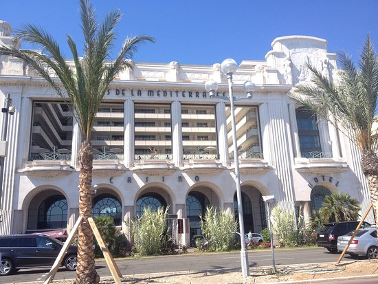 Hyatt Regency Nice Palais de la Mediterranee: Hotel von außen