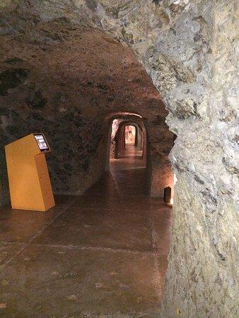 Aguimes, Ισπανία: Museet var uppbyggt i flera små grottrum