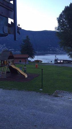Pino Lago Maggiore صورة فوتوغرافية