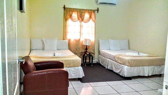 Rivas, Nikaragua: Hotel Dalinky. En el bello puerto de san jorge