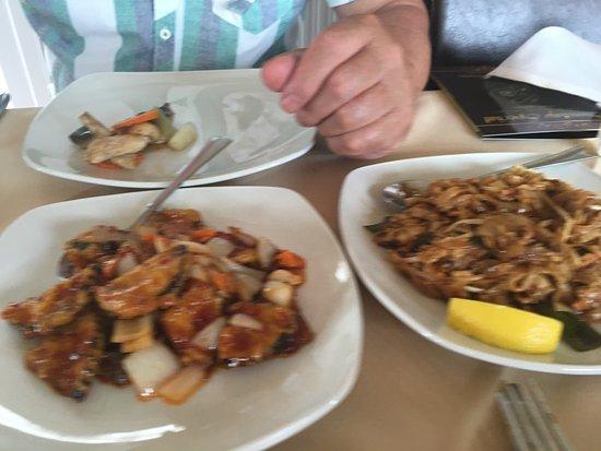 Yum yum enjoy picture of chang siam thai restaurant for At siam thai cuisine