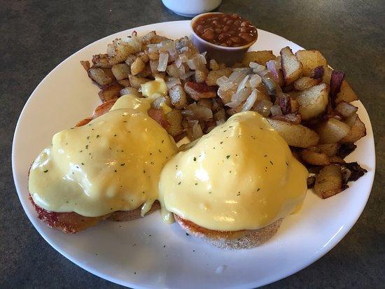 Eggs Benny - Fran's Family Restaurant, Kirkland Lake ON