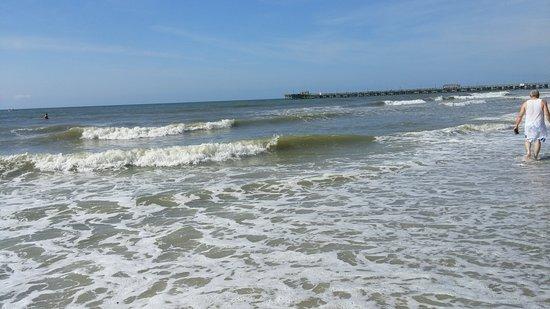 Sun N Sand Resort Photo