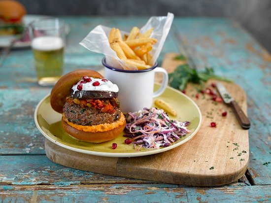 Регби, UK: lamb burger