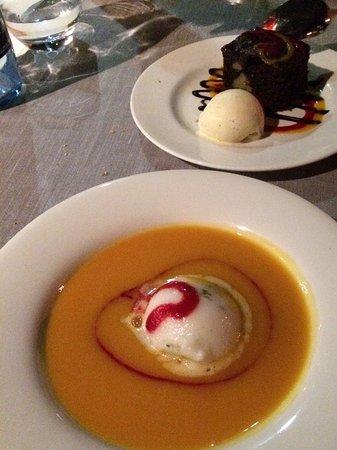 Petit restaurant en face de l 39 h tel la piscine est derri re picture of doubletree by hilton - Salon talon aiguille lausanne ...