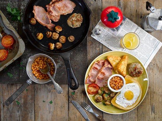 Kettering, UK: breakfast