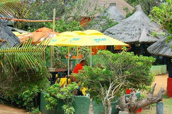 Ponta do Ouro, Mozambique: Interior do Restaurante