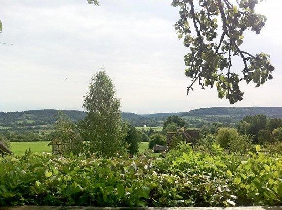 Pierrefitte-en-Auge, Γαλλία: La vue depuis la terrasse