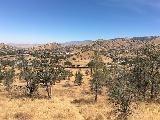 Tehachapi Loop: photo2.jpg