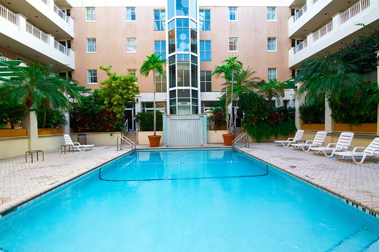 South Miami, FL: Pool