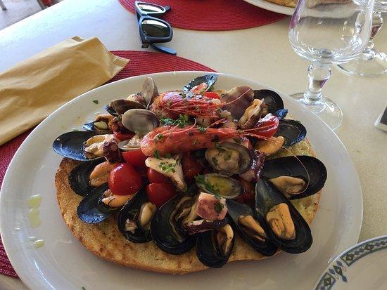 Santa Marina Salina, إيطاليا: photo3.jpg