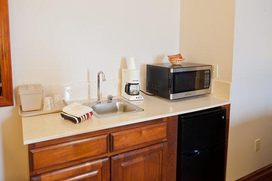 โคลวิลล์, วอชิงตัน: upgrade to our remodeled rooms with microwave, refrigerator and coffee maker