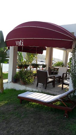Vati Cafe Bistro