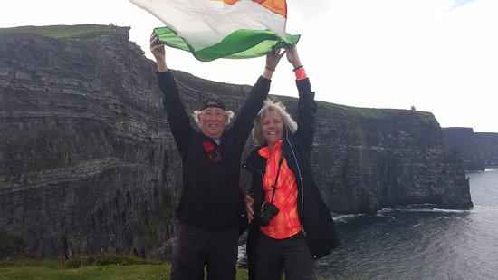 Doolin, Irlanda: Intrepid travels along the Cliffs of Moher