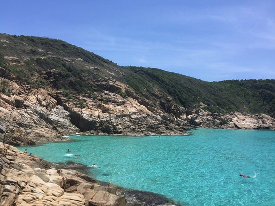 Terengganu, Μαλαισία: Amazing place for the view & snorkelling. Not too crowded as well though it does make a differen
