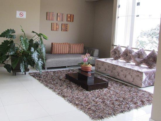 Habitat Hotel: Interior