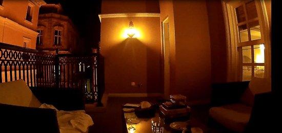 Meroddi Pera Hotel: Терраса в Delux номере на 4 этаже