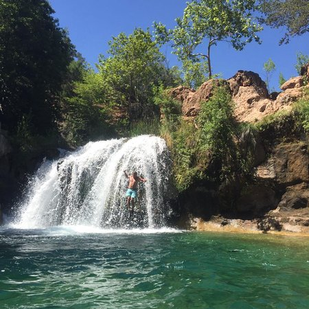 Fossil Creek Wilderness Cliff Jumping At Waterfalls