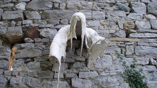 Perledo, Italien: il fantasma del cavaliere