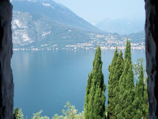 Perledo, Italien: panorama dalla finestra