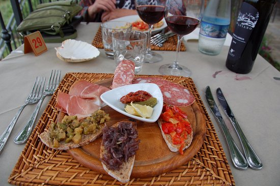 Reggello, Italia: Petites entrées pour vos yeux et votre estomac