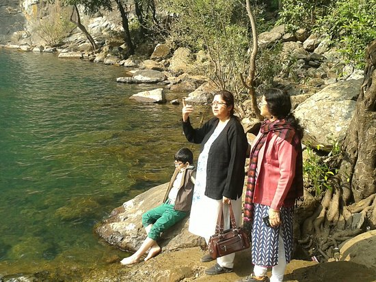 Simlipal National Park, India: Devkund - 5 kms inside Simlipal Forest  , a day outing from Balasore. Excellent location inside