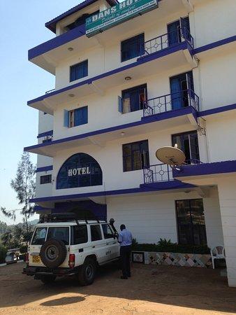 Hotel Dados