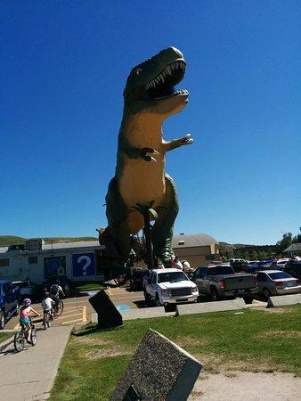 World's Largest Dinosaur: Dinosaur 3