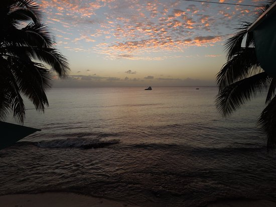 Mullins, Barbados: Sunset view from Bombas