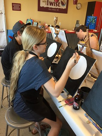 Ann Arbor, MI: Painting with a Twist